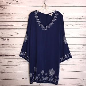 Ariat bell sleeve embroidered dress